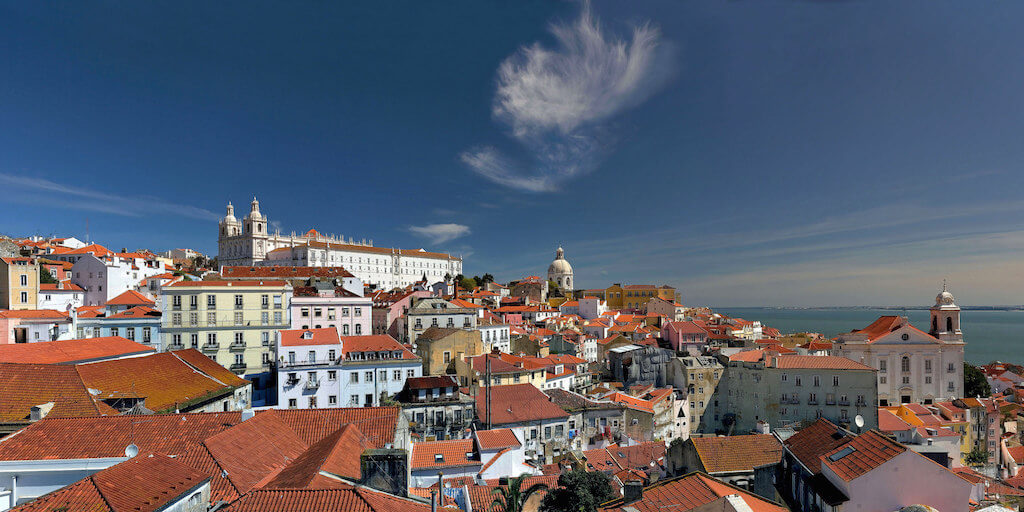 Alfama, Lisbon - by PortoBay Hotels & Resorts:Flickr