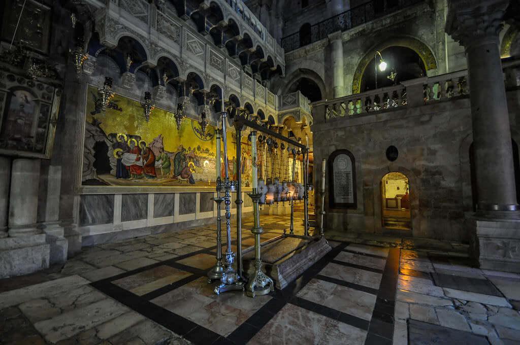 Church of the Holy Sepulchre, Jerusalem - by Jorge Láscar:Flickr