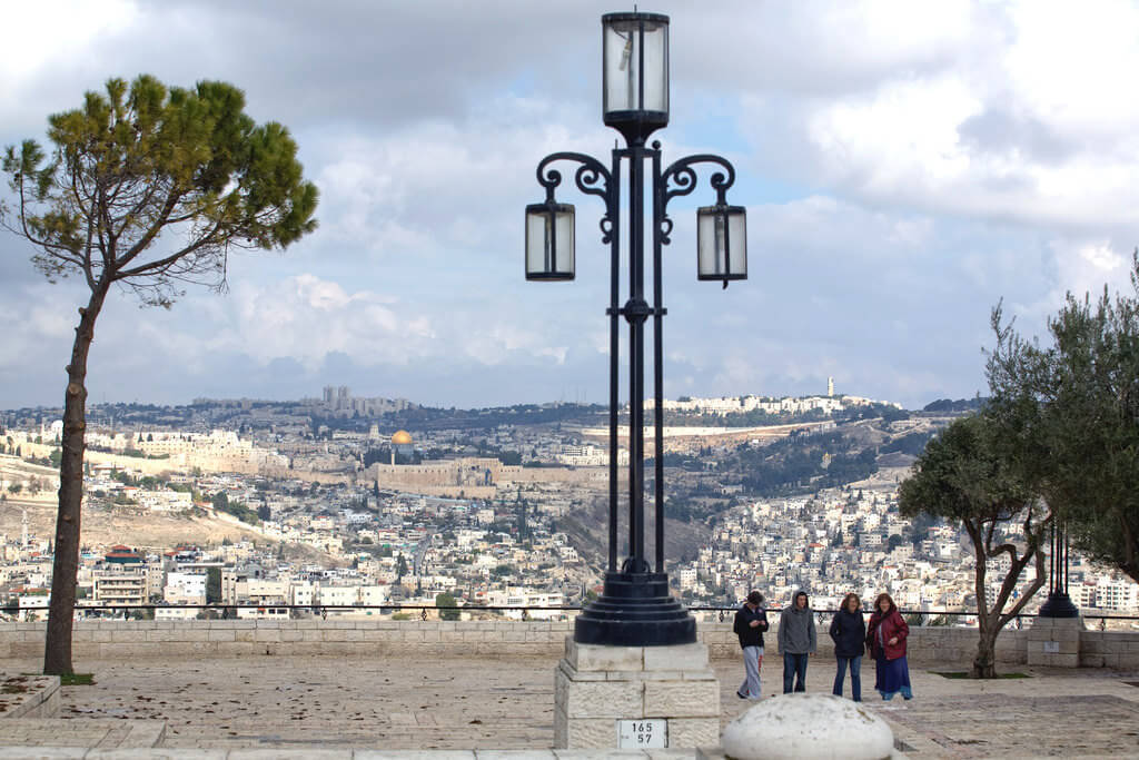 Haas Promenade, Jerusalem - by israeltourism:Flickr - Baruch Glan