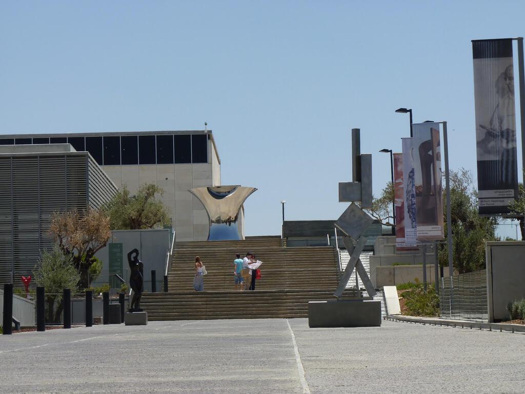 Israel Museum, Jerusaelm - by Ricardo Tulio Gandelman - rictulio:Flickr