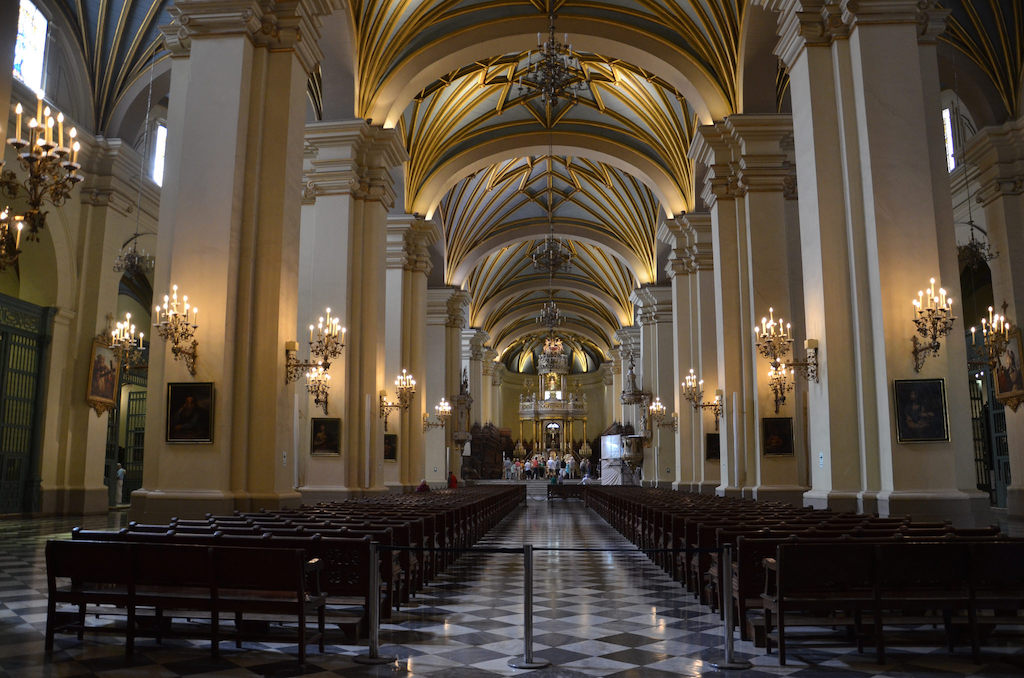 Lima Cathedral - by Christian Córdova:Flickr