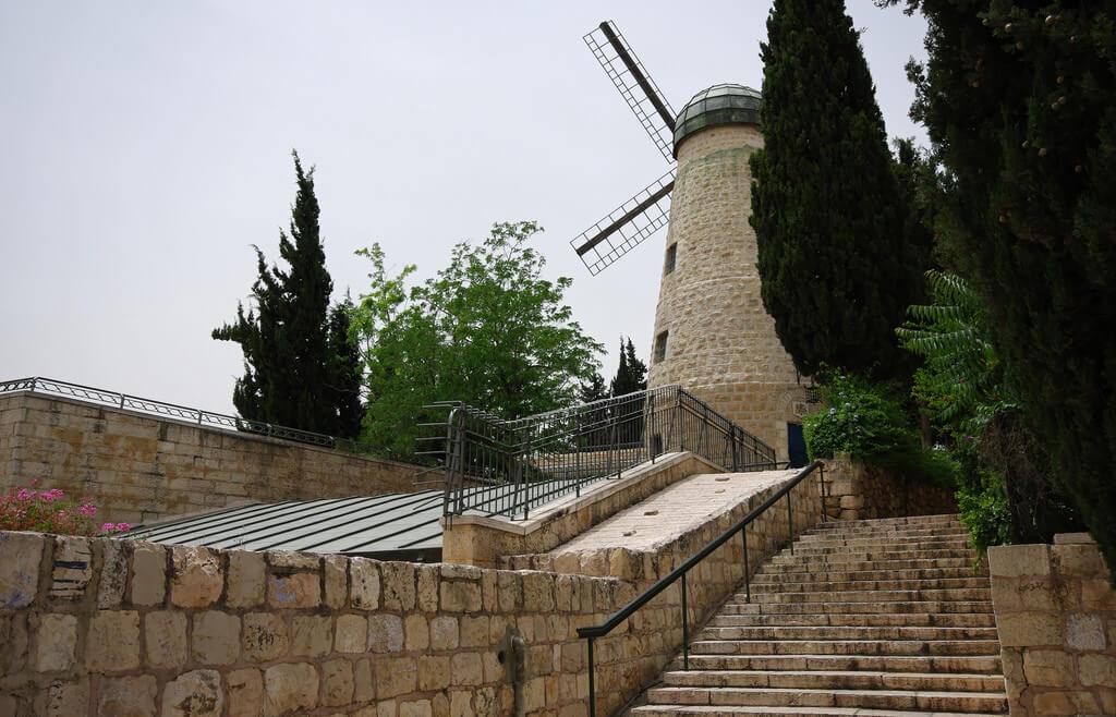 Montefiore Windmill, Jerusalem - by Emmanuel DYAN/Flickr