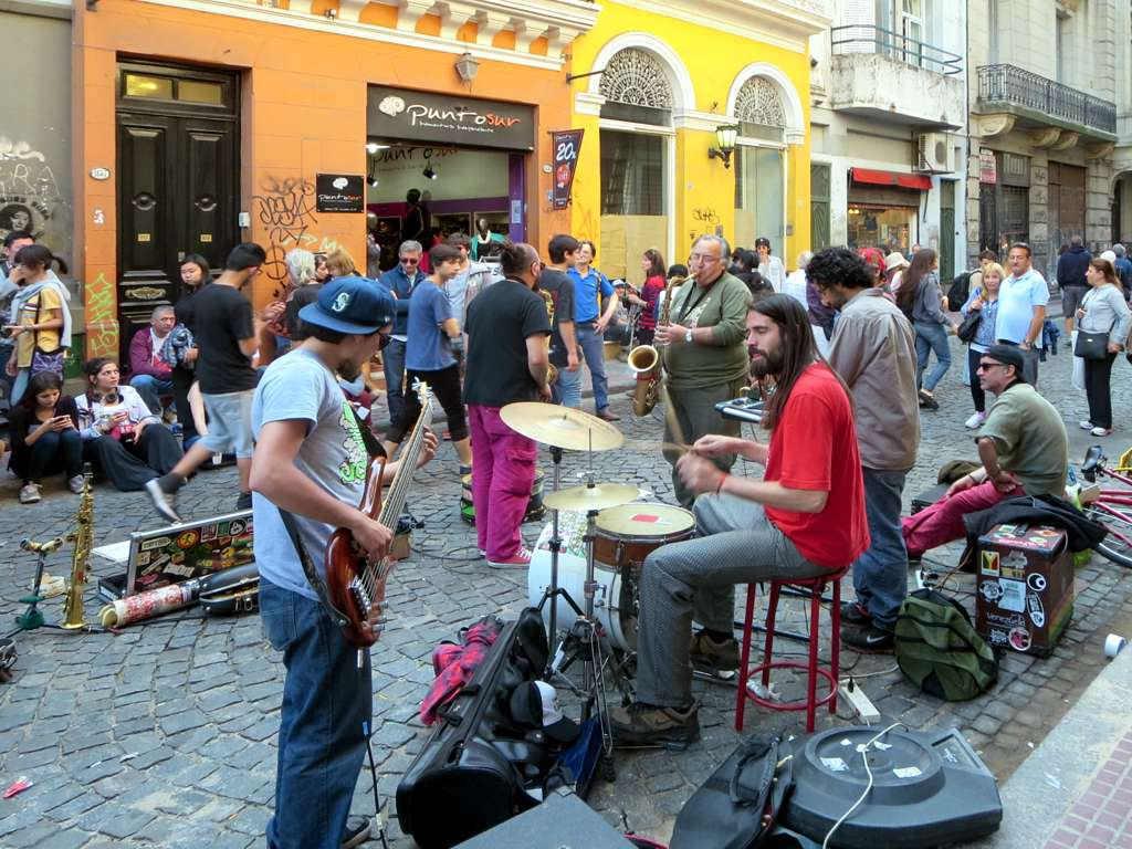 San Telmo, Buenos Aires - by David Stanley:Flickr
