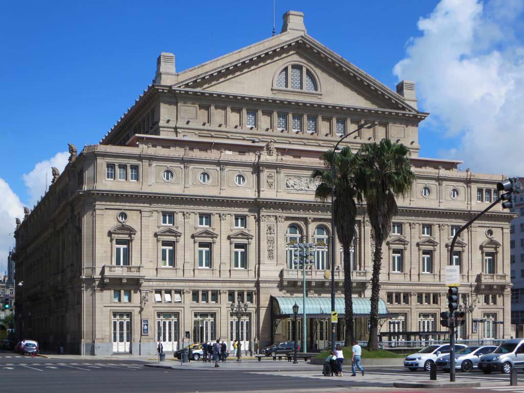 Teatro Colón, Buenos Aires - by David Stanley:Flickr