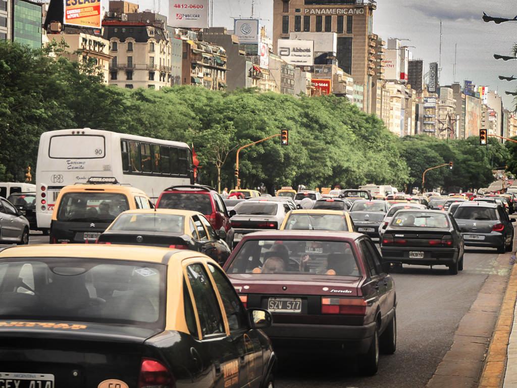 9 de Julio Avenue, Buenos Aires - by Juanedc.com:Flickr