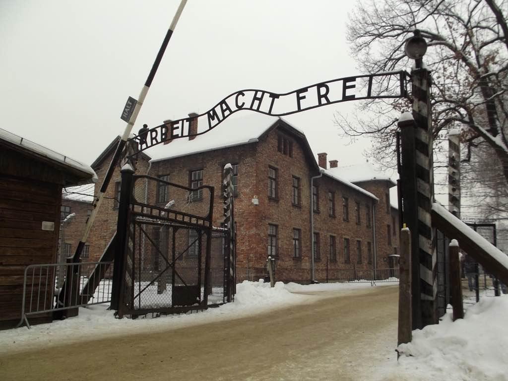 Auschwitz Birkenau, Poland - by Piotr Drabik - DrabikPany:Flickr