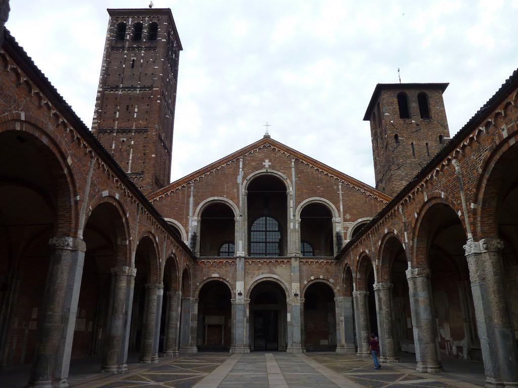 Basilica di Sant'Ambrogio, Milan - by Roberto Costanzo - robEagle:Flickr