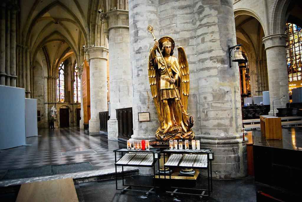 Cathedral of St. Michael and St. Gudula, Brussels - by Maria Firsova:Flickr