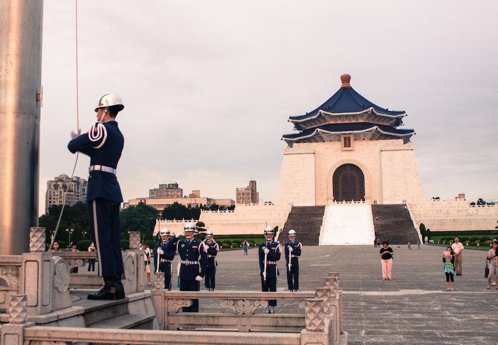 Chiang Kai-shek Memorial Hall, Taipei - by Jirka Matousek:Flickr