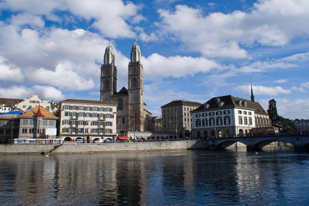 Grossmünster, Zurich - by Clemens v. Vogelsang - vauvau:Flickr