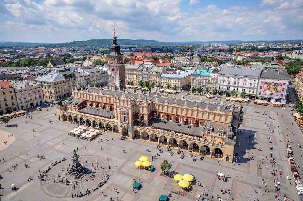 Rynek Glowny, Krakow - by Jorge Láscar