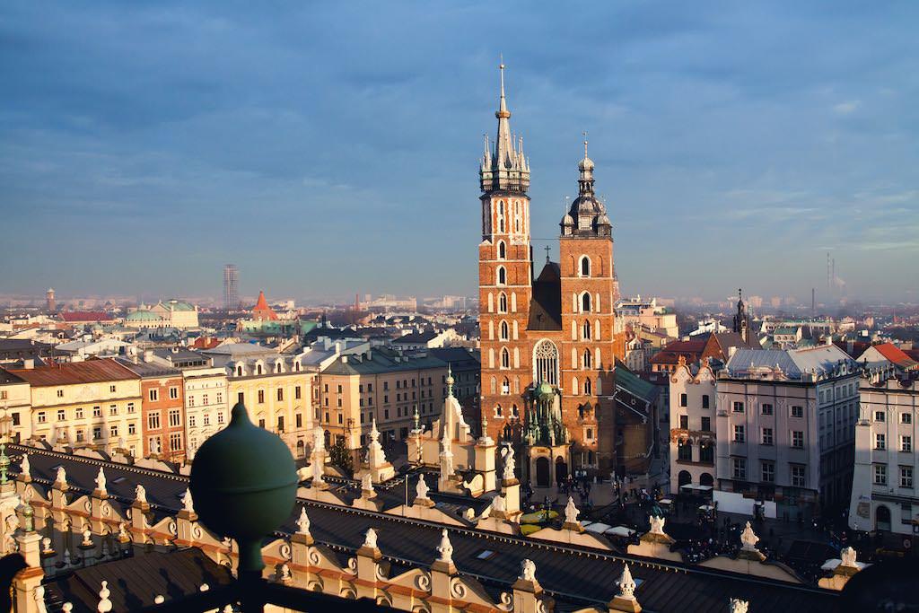 St. Mary's Basilica, Krakow - by Pawel Pacholec:Flickr
