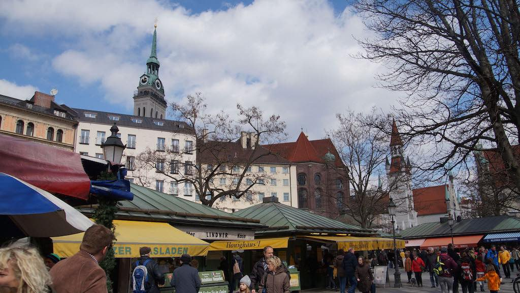 Viktualienmarkt, Munich - by Ulrich Vismann - ulrich.vismann:Flickr