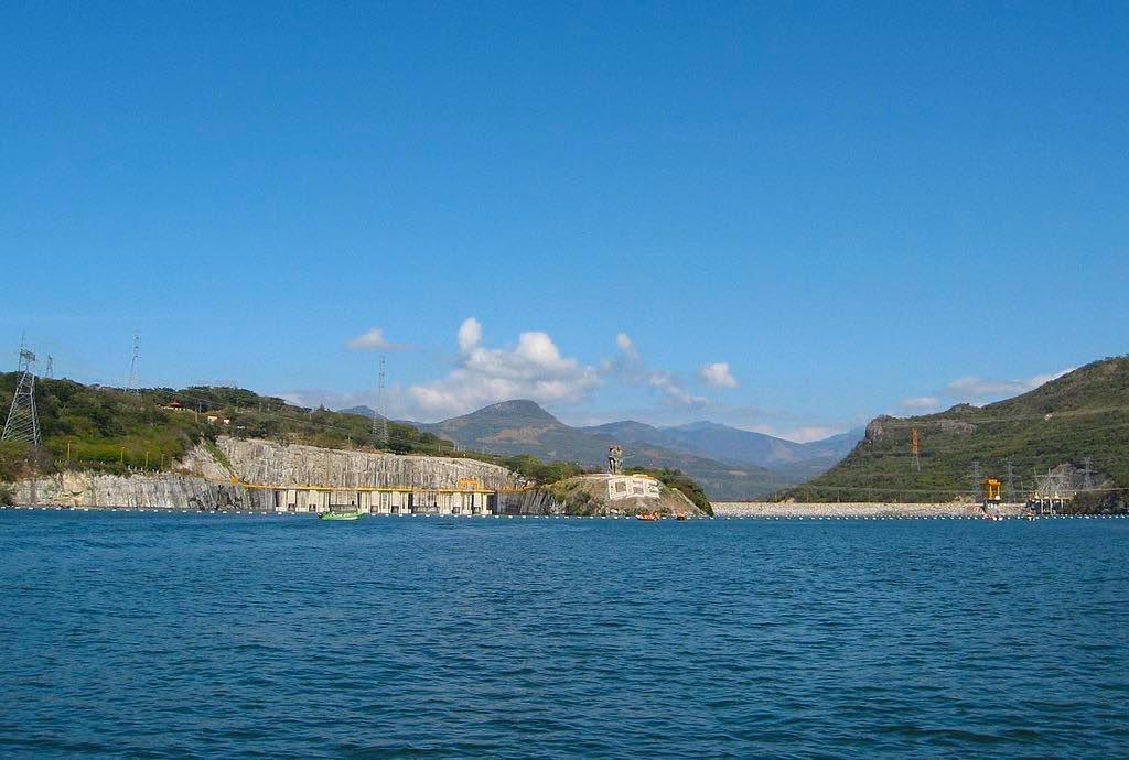 Manuel Moreno Torres Dam, Mexico - by B.B./wikimedia