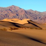 Mesquite Flat Dunes, Death Valley - by Brocken Inaglory:Wikimedia