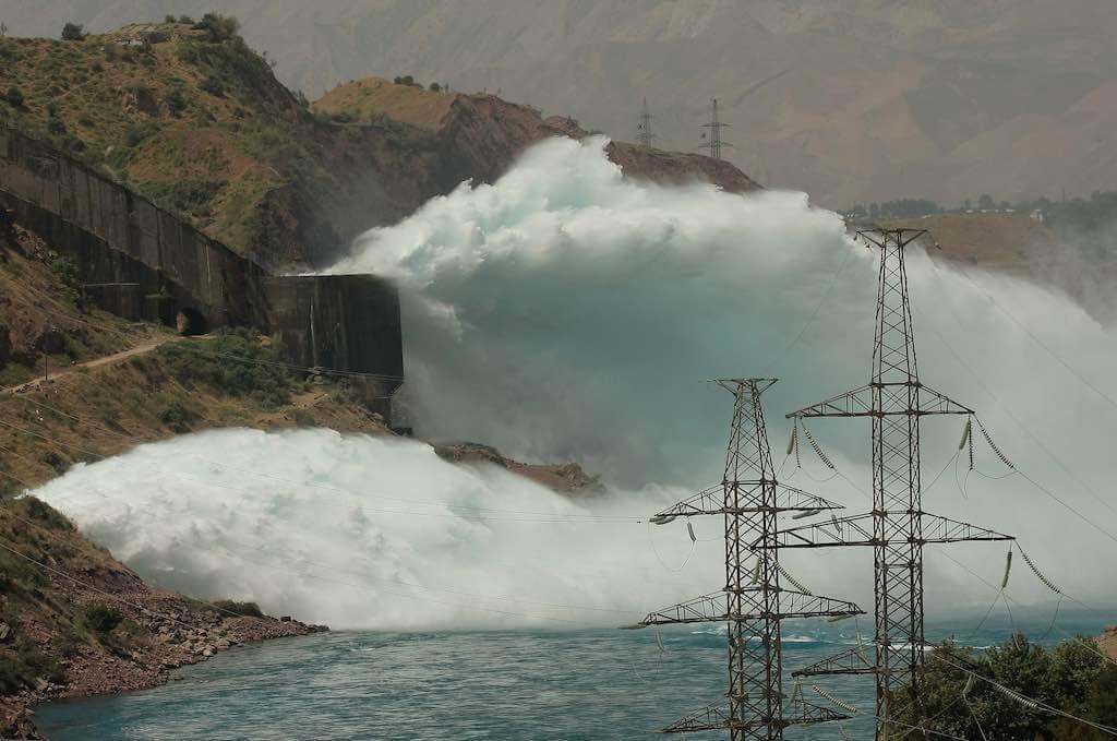 Nurek Dam, Vakhsh River, Tajikistan - by Asian Development Bank:Flickr