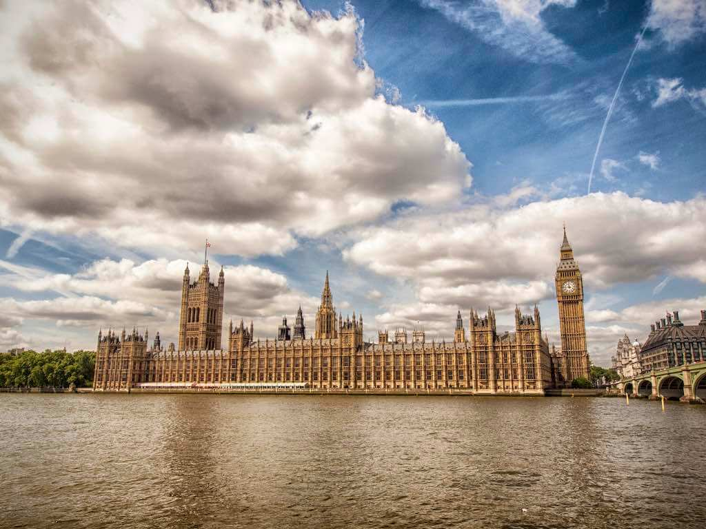 Palace of Westminster, London - by Kevin Poh - kevinpoh:Flickr