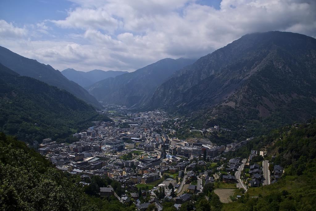 Andorra la Vella, Andorra - by Roger Vivé :Flickr