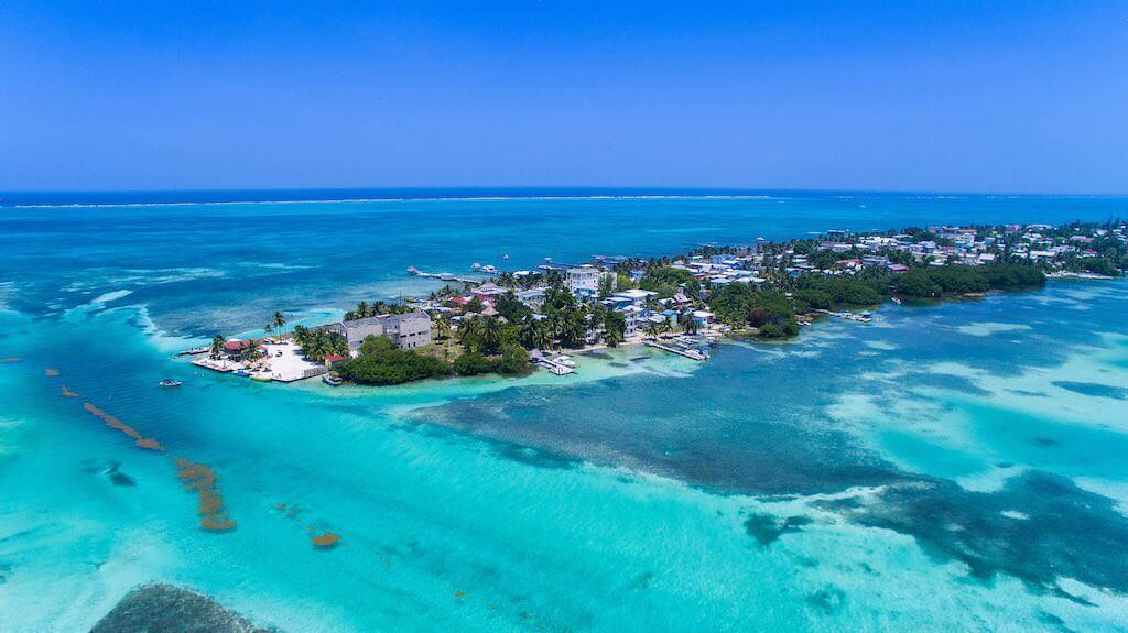 Caye Caulker, Belize - by dronepicr:Flickr