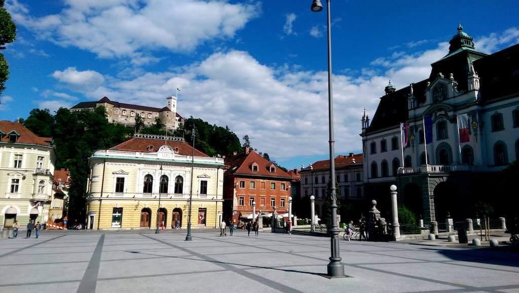 Kongresni trg square, Ljubljana - by Rok Hodej - rokhodej:Flickr