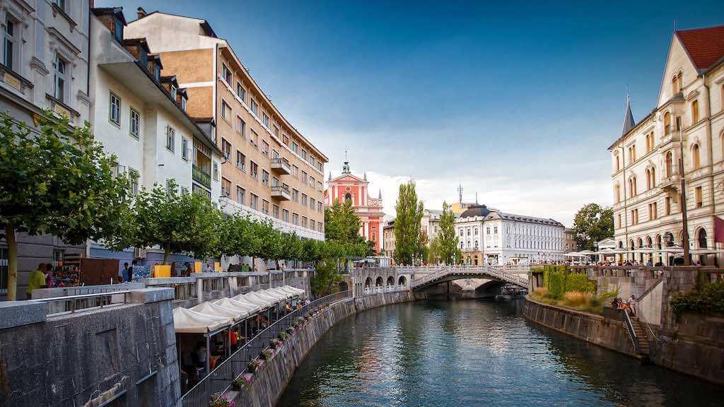 Ljubljanica River, Ljubljana - by Gilad Rom - xeno_sapien:Flickr