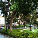 Plaza Bolivar, Caracas - by Cristóbal Alvarado Minic:Flickr