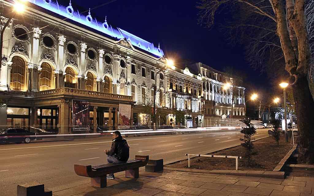Rustaveli Avenue, Tbilisi - by George Kvizhinadze - flyergeorge:Flickr