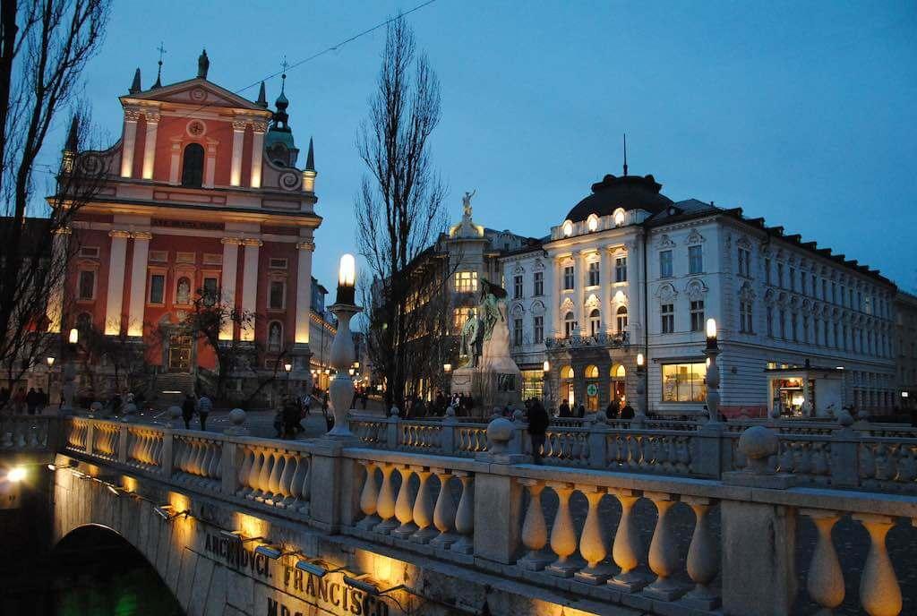 Triple Bridge, Ljubljana - by Leandro Neumann Ciuffo - Leandro's World Tour:Flickr
