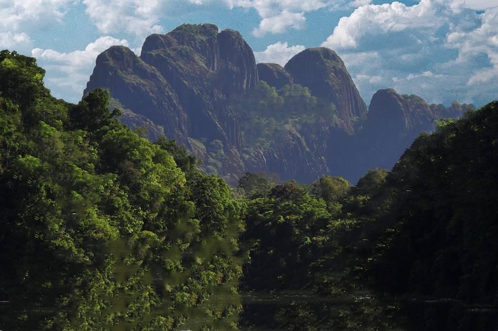 Mount Kasikasima, Suriname