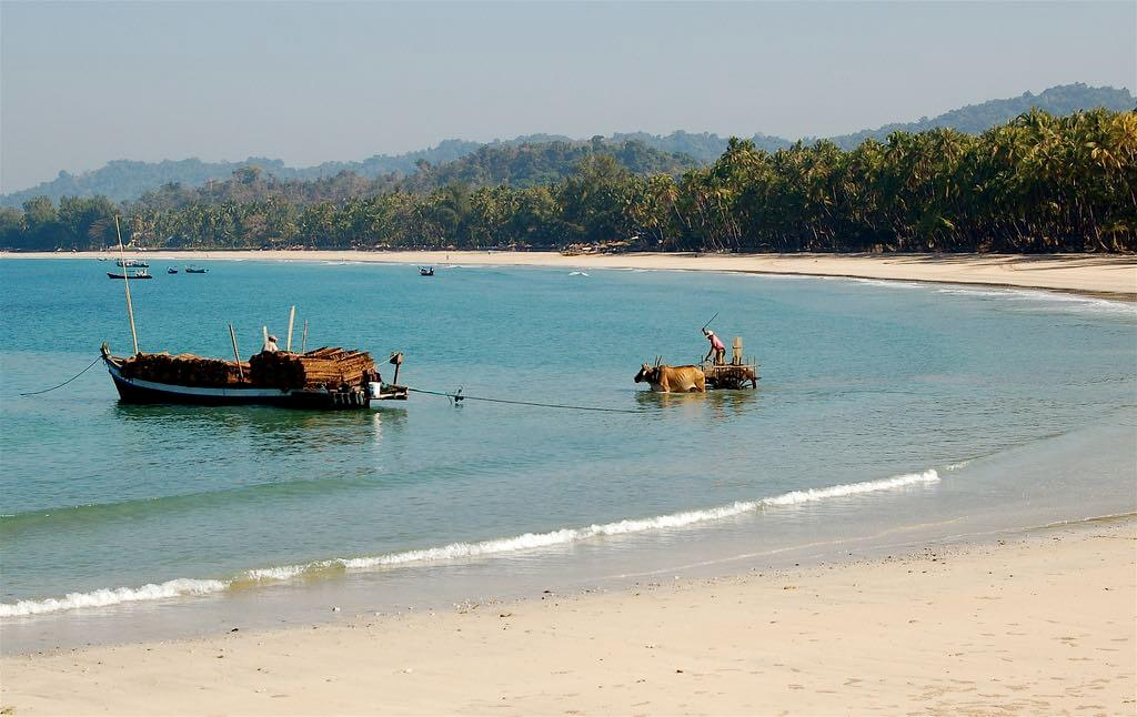 Ngapali Beach, Myanmar dominiqueb :Flickr