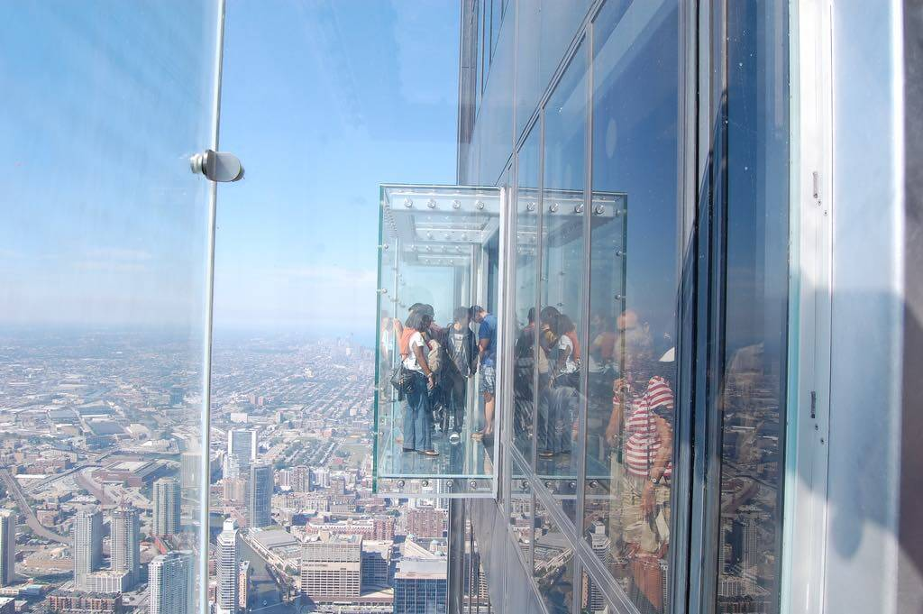 Sky Deck Willis Tower, Chicago - by Bari D:Flickr