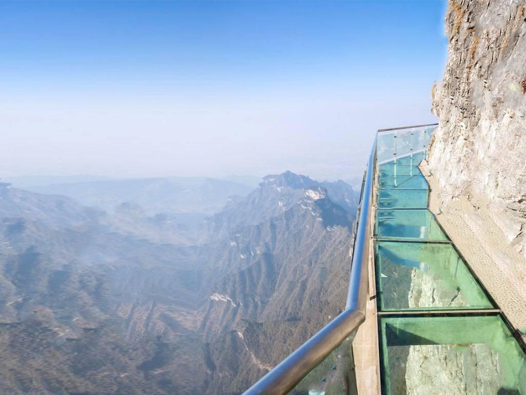 Tianmenshan Crystal Glass Skywalk, Tianmen Mountain, China