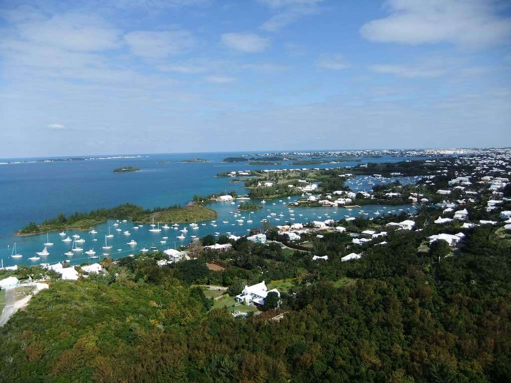 View from Gibbs Hill Lighthouse, Bermuda- by banichiji:Flickr