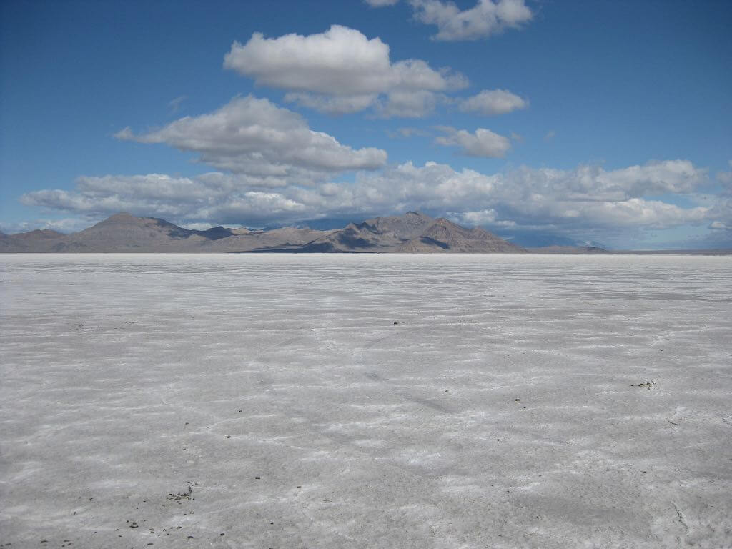 Bonneville Salt Flats, Utah - by Eric Fredericks - neighborhoods.org:Flickr