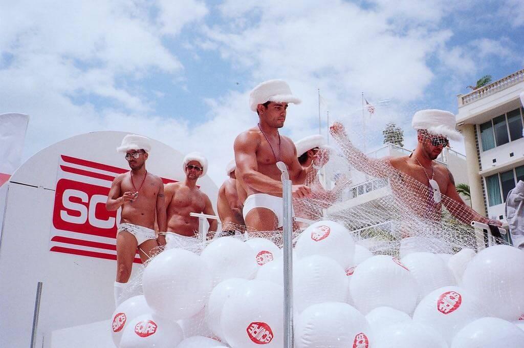 Miami Gay Parade - by :Flickr