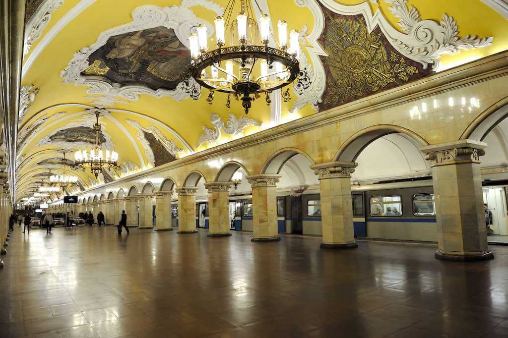Moscow Metro - by Tim Adams - transitpeople:Flickr