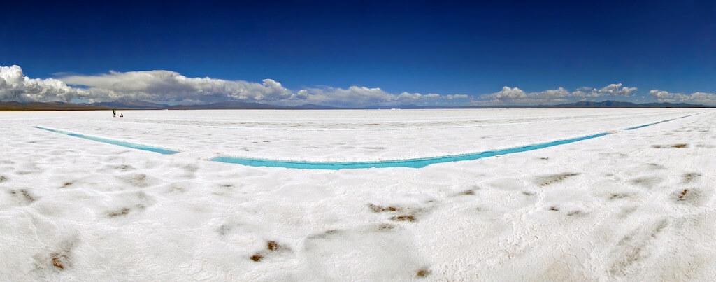 Salinas Grandes, Argentina - by mariusz kluzniak:Flickr