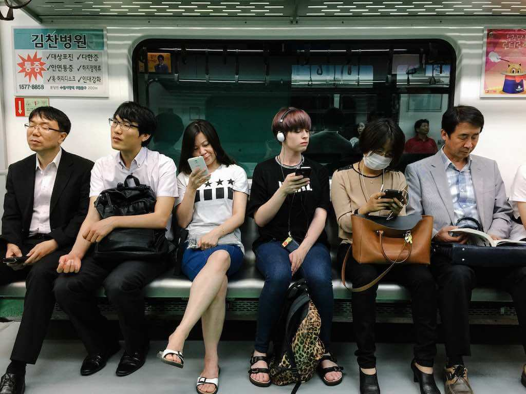 Seoul Subway - by Tai-Jan Huang - taijan.huang:Flickr