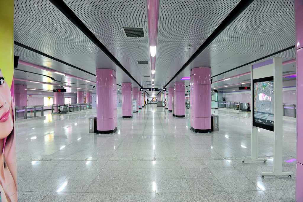 Shanghai Subway - by Simon D - SimonQ錫濛譙:Flickr