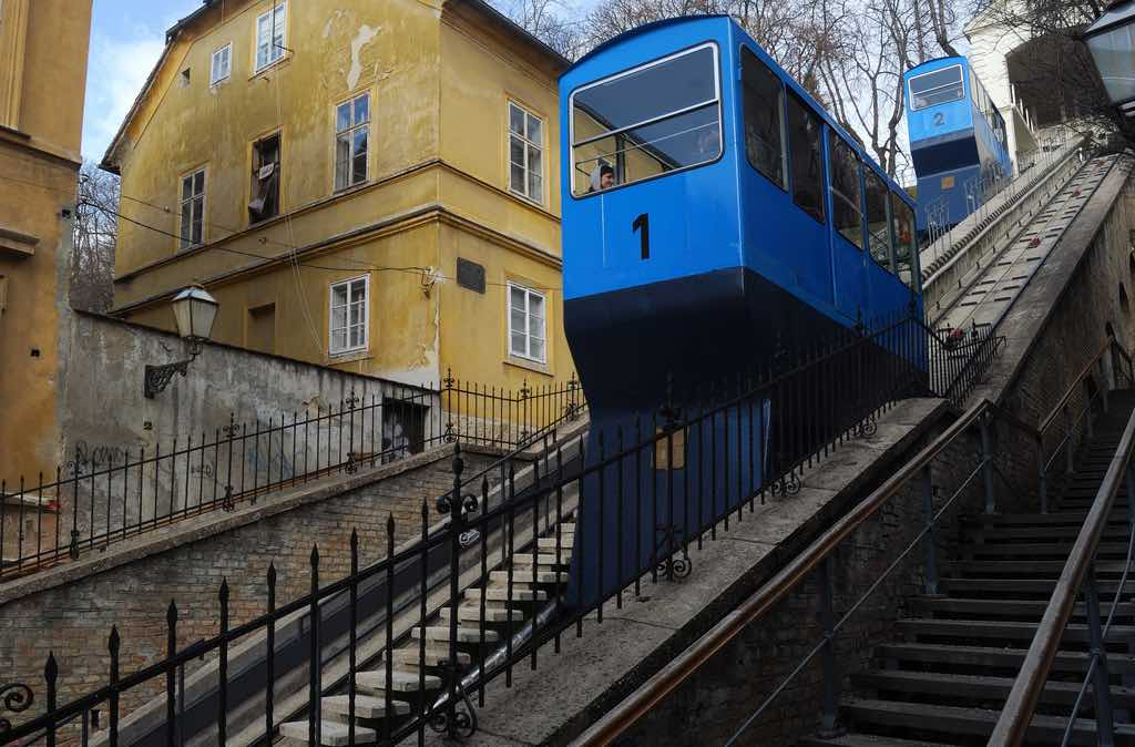 Zagreb Funicular, Zagreb - by Ting Chen - 陈霆, Ting Chen, Wing:Flickr