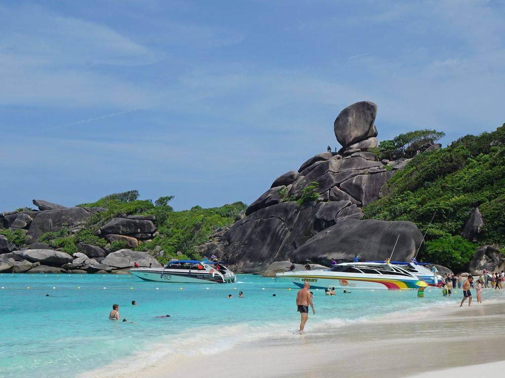 Similan Islands, Phuket by Simon17964 / Flickr.com