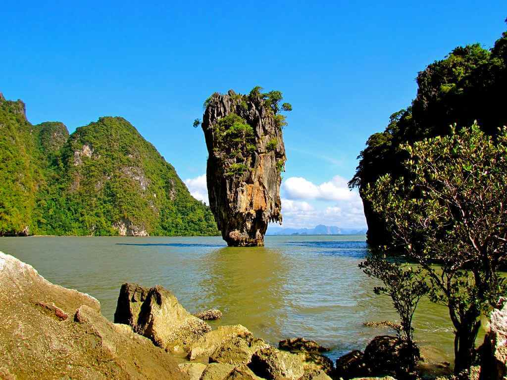 Phang Nga Bay, Phuket by Jeff Gunn / Flickr.com