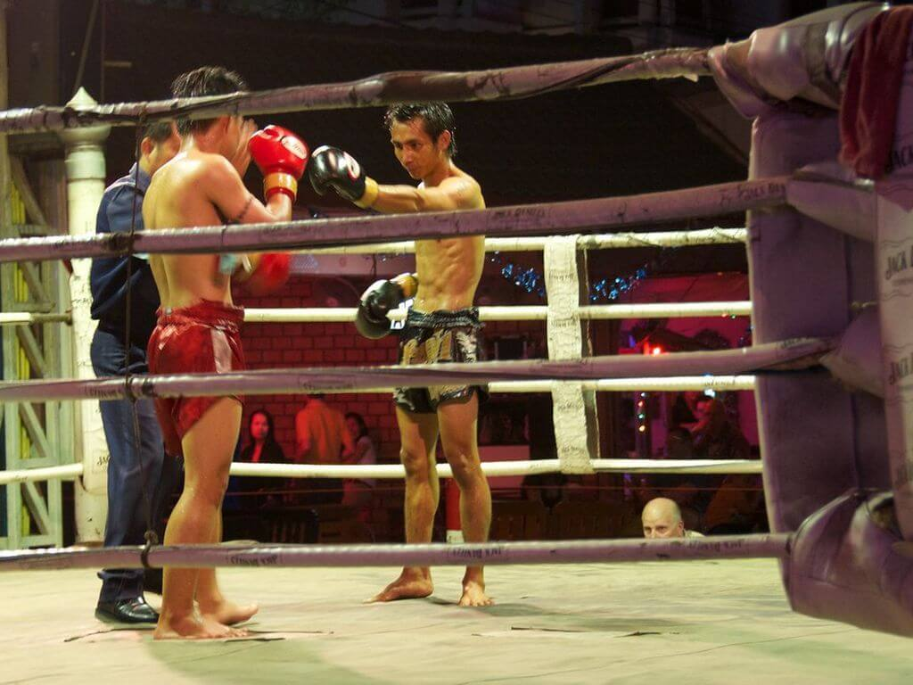 Thai Boxing By Mike Deerkoski / Flickr.com