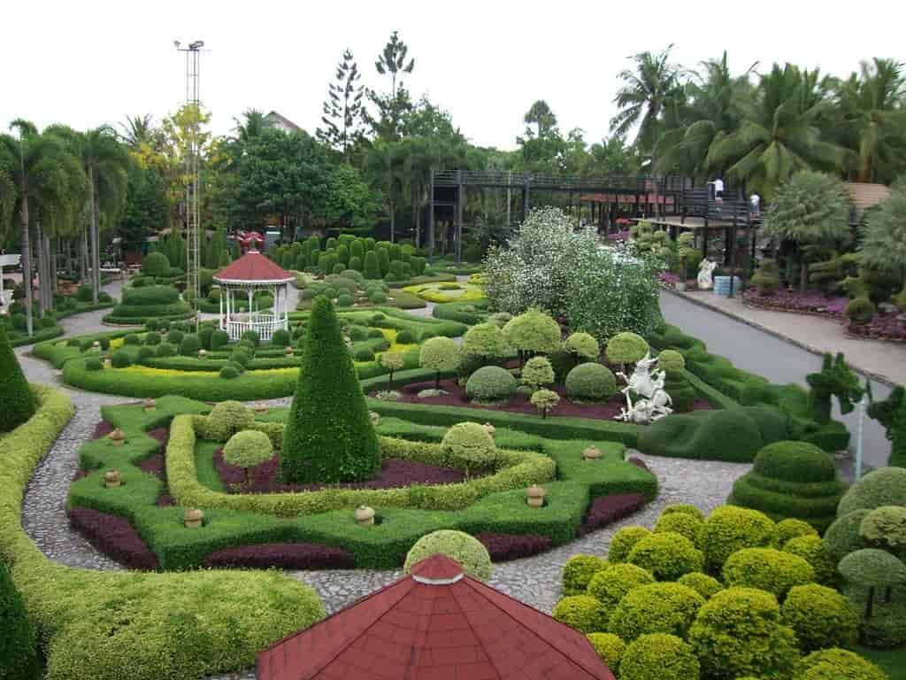 Nong Nooch Tropical Botanical Garden, Pattaya -by Sergey:flicker.com