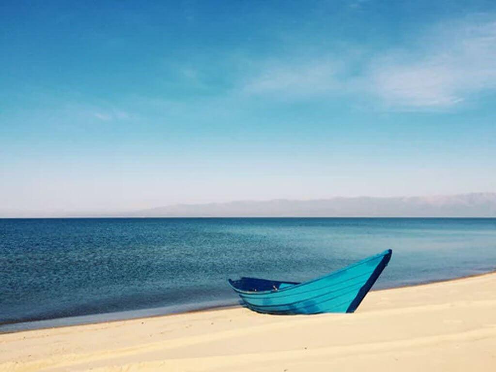 Sunbathe At Ban Amphur Beach,Pattaya-By Mickey O'neilunsplash