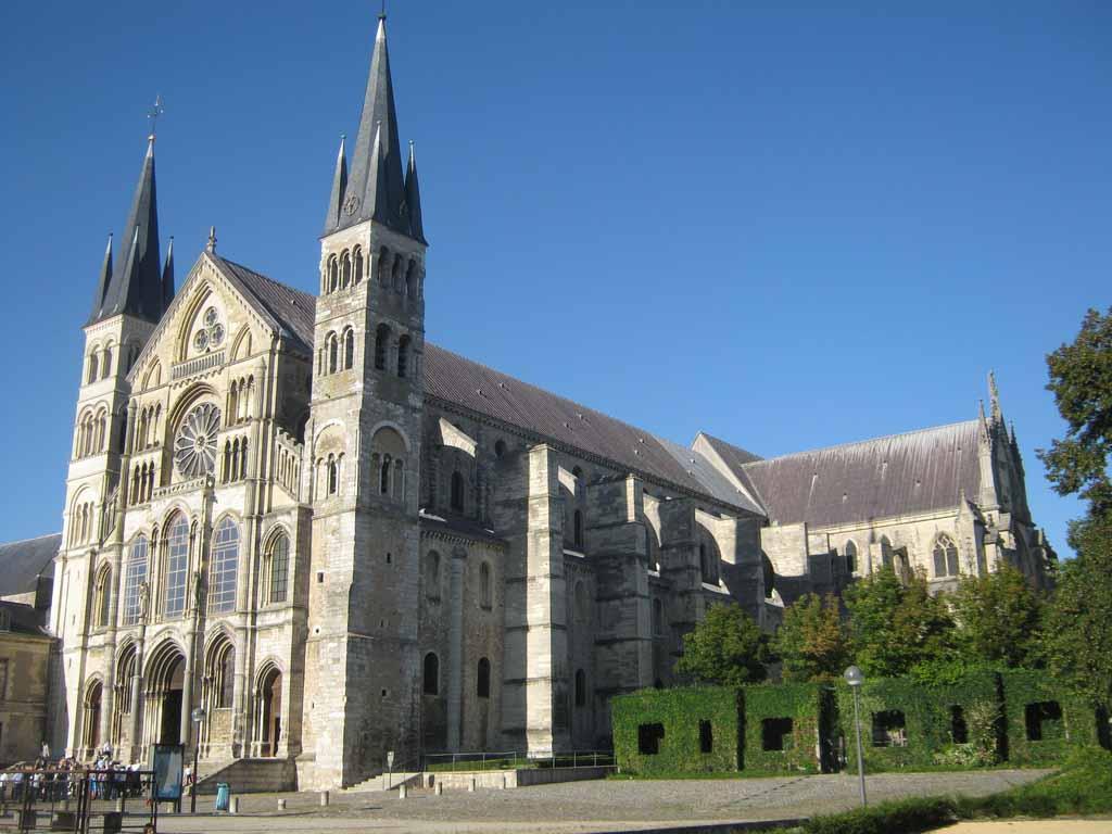 Basilique Saint Rémi, Reims by CC0 Public Domain, pxhere.com