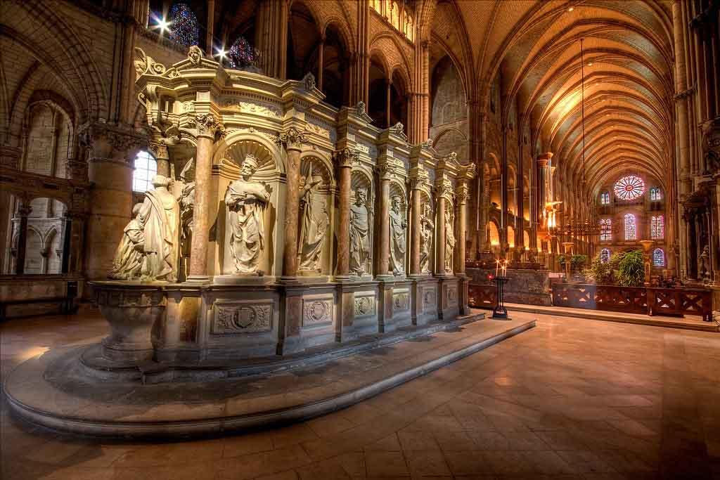 Basilique Saint Rémi, Reims by Jean Lemoine, flickr.com