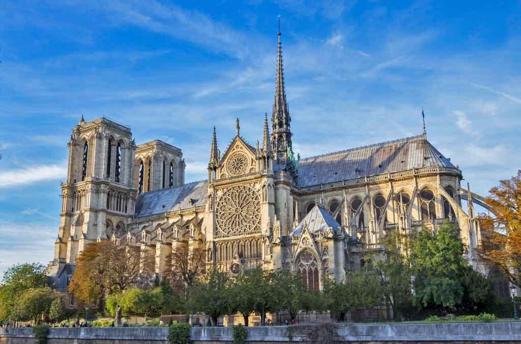 Cathedral Notre Dam by Ali Sabbagh, Flickr.com