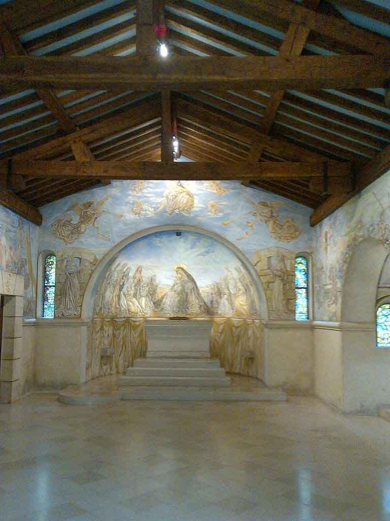 Chapelle Foujita by Kertraon, Wikimedia.org
