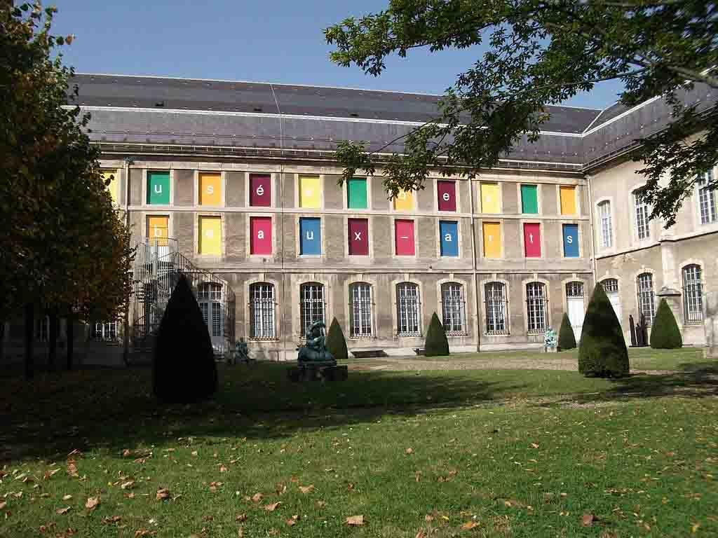 Musée des beaux-arts de Reims by Gerald Garitan, Wikimedia.org